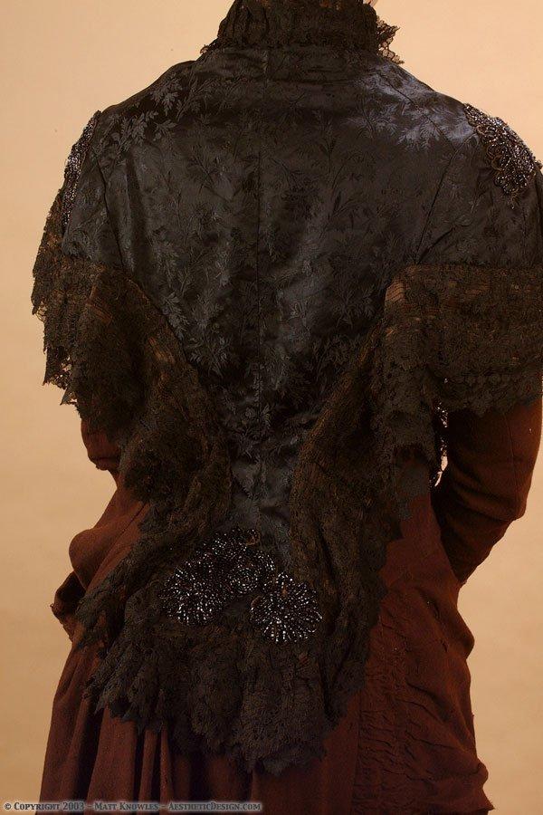 1880-black-silk-capelet-04