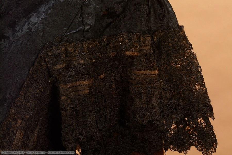 1880-black-silk-capelet-06