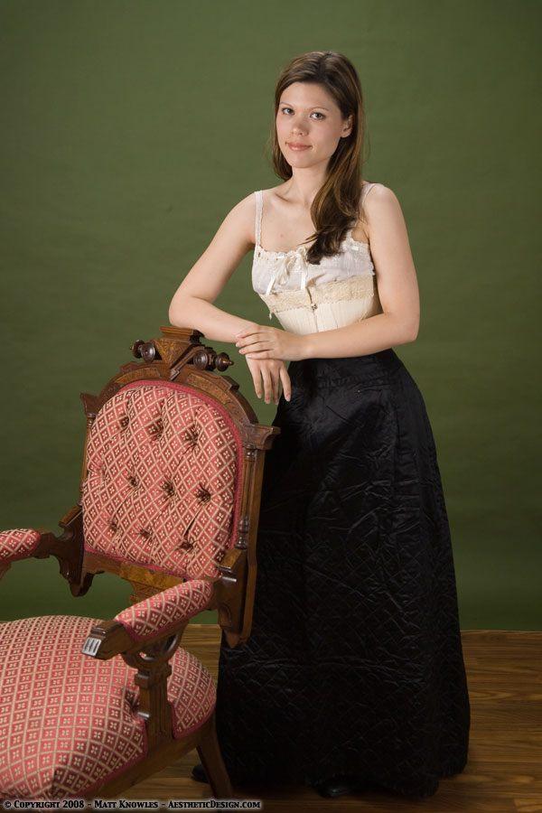 1880-black-quilted-petticoat-01