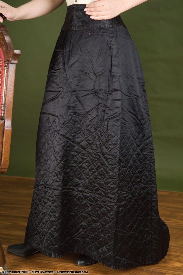 1880-black-quilted-petticoat-03
