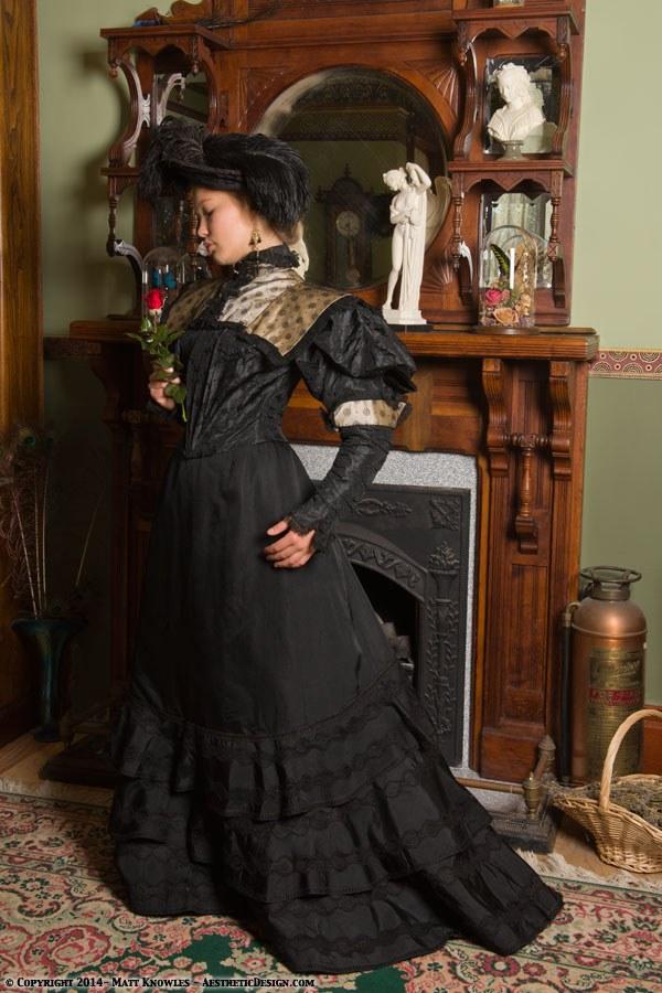1890-blackchampagne-ensemble-08