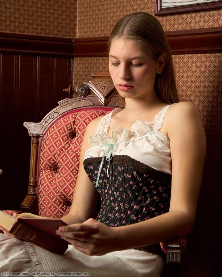 1890-black-cotton-corset-03
