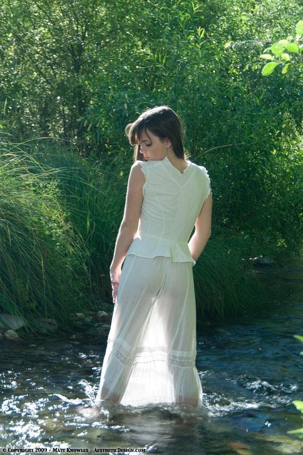 1890-white-cotton-corset-cover-36