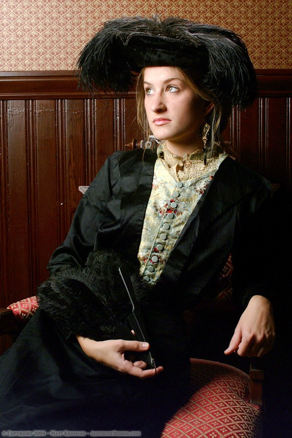 1910-black-silk-bodice-01