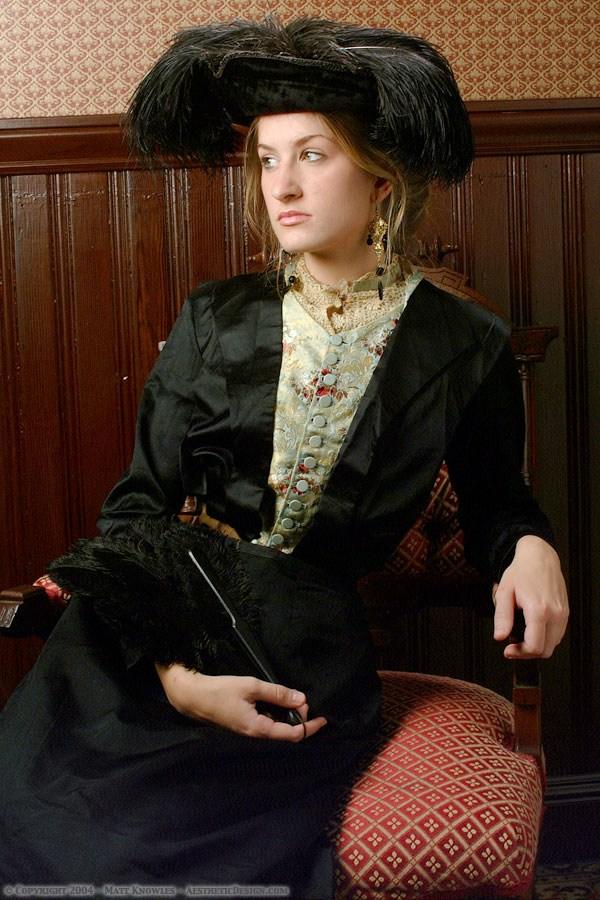 1910-black-silk-bodice-02