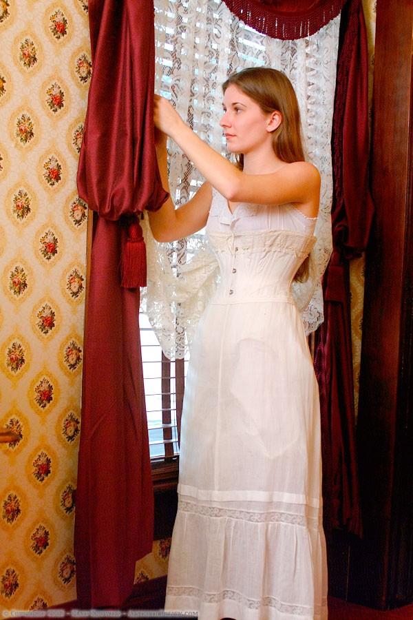 1910-white-lawn-petticoat-02