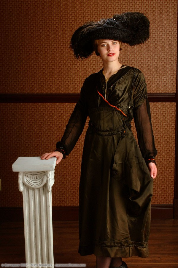 1915 Green Silk Dress