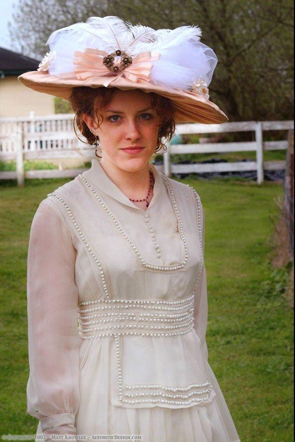 1915 White Chiffon Dress