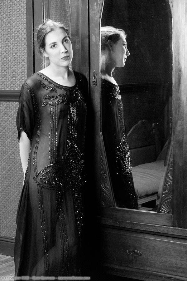 1920-black-silk-dress-02