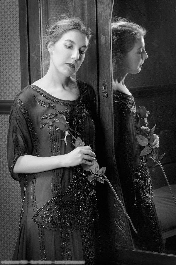 1920-black-silk-dress-04