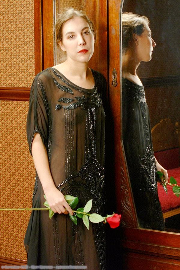 1920-black-silk-dress-05