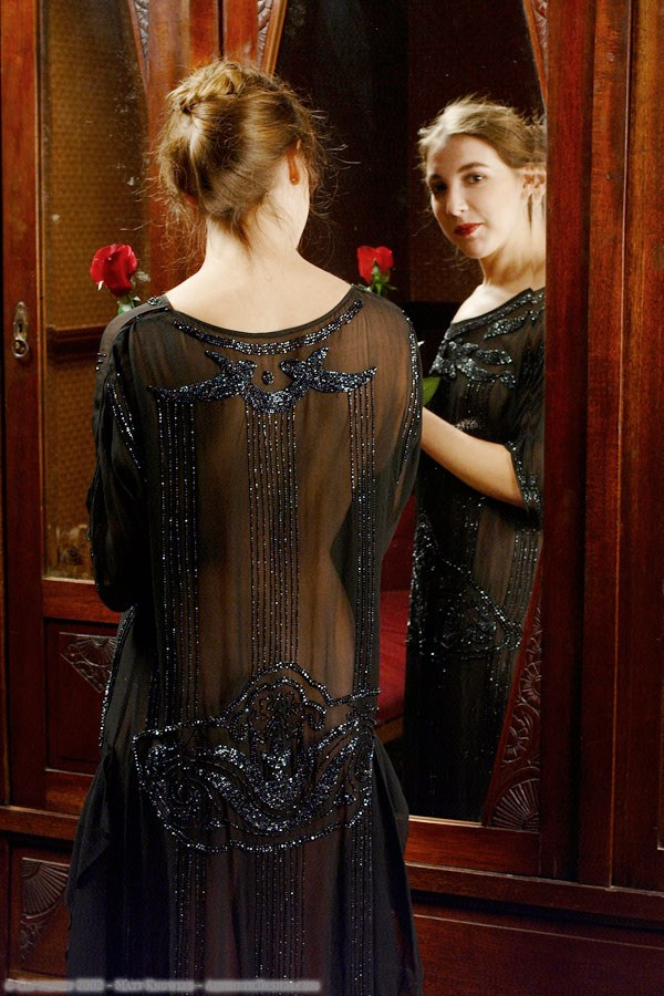 1920-black-silk-dress-08