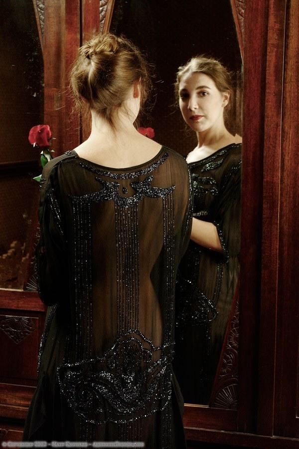 1920-black-silk-dress-09