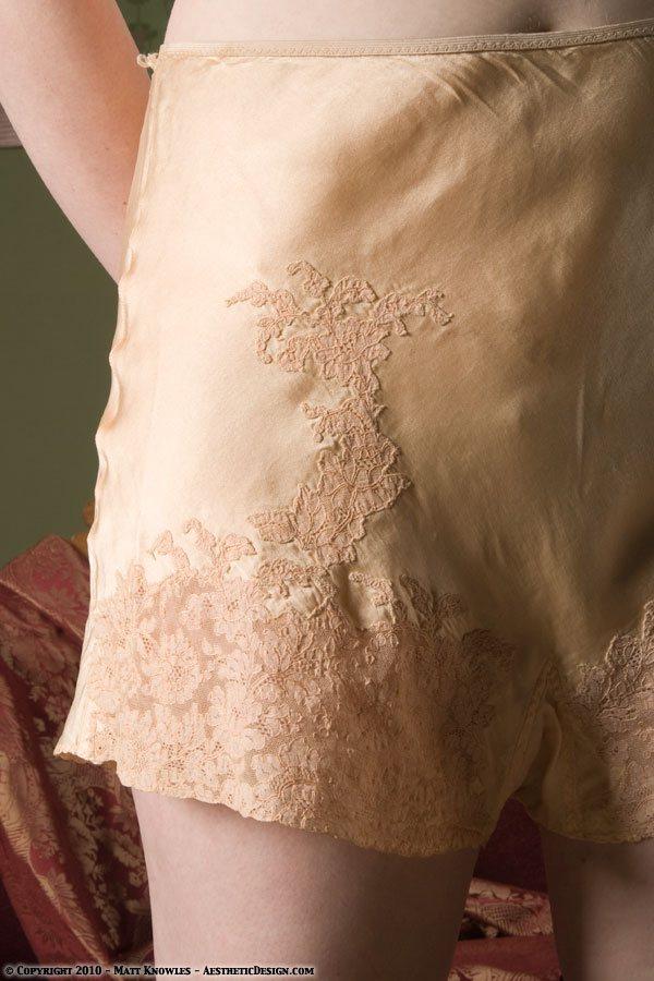 1931-peach-silk-tap-pants-04